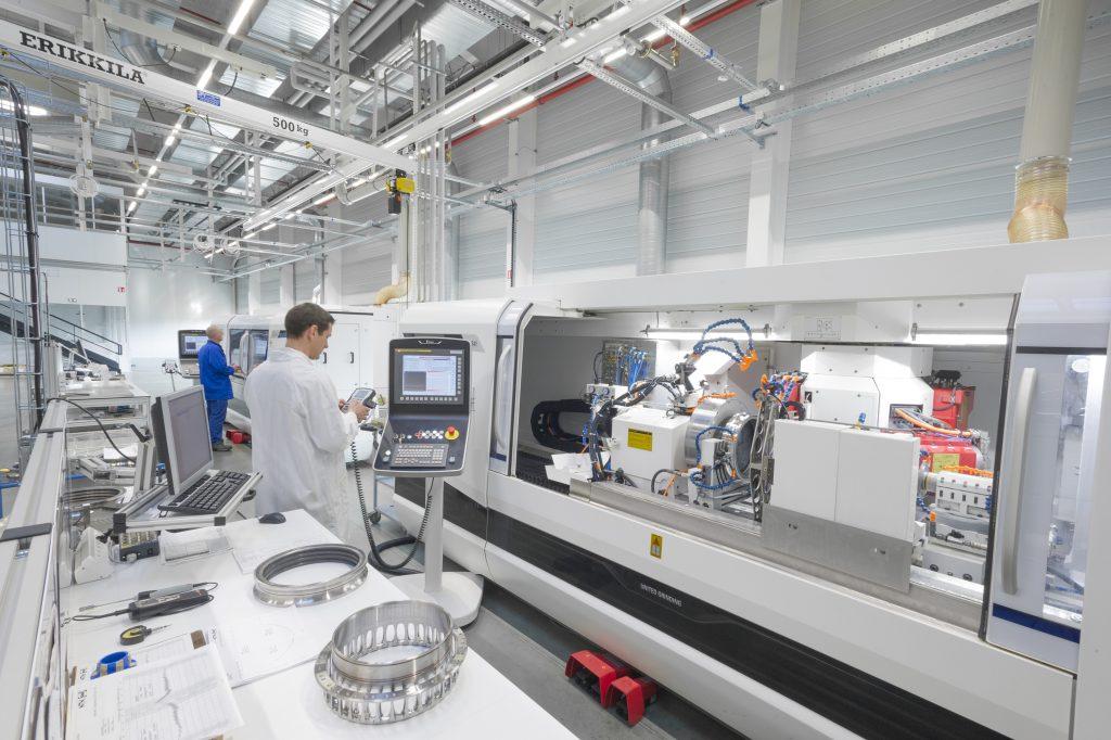 Pour ses 100 ans,  NTN-SNR inaugure  une nouvelle usine du futur