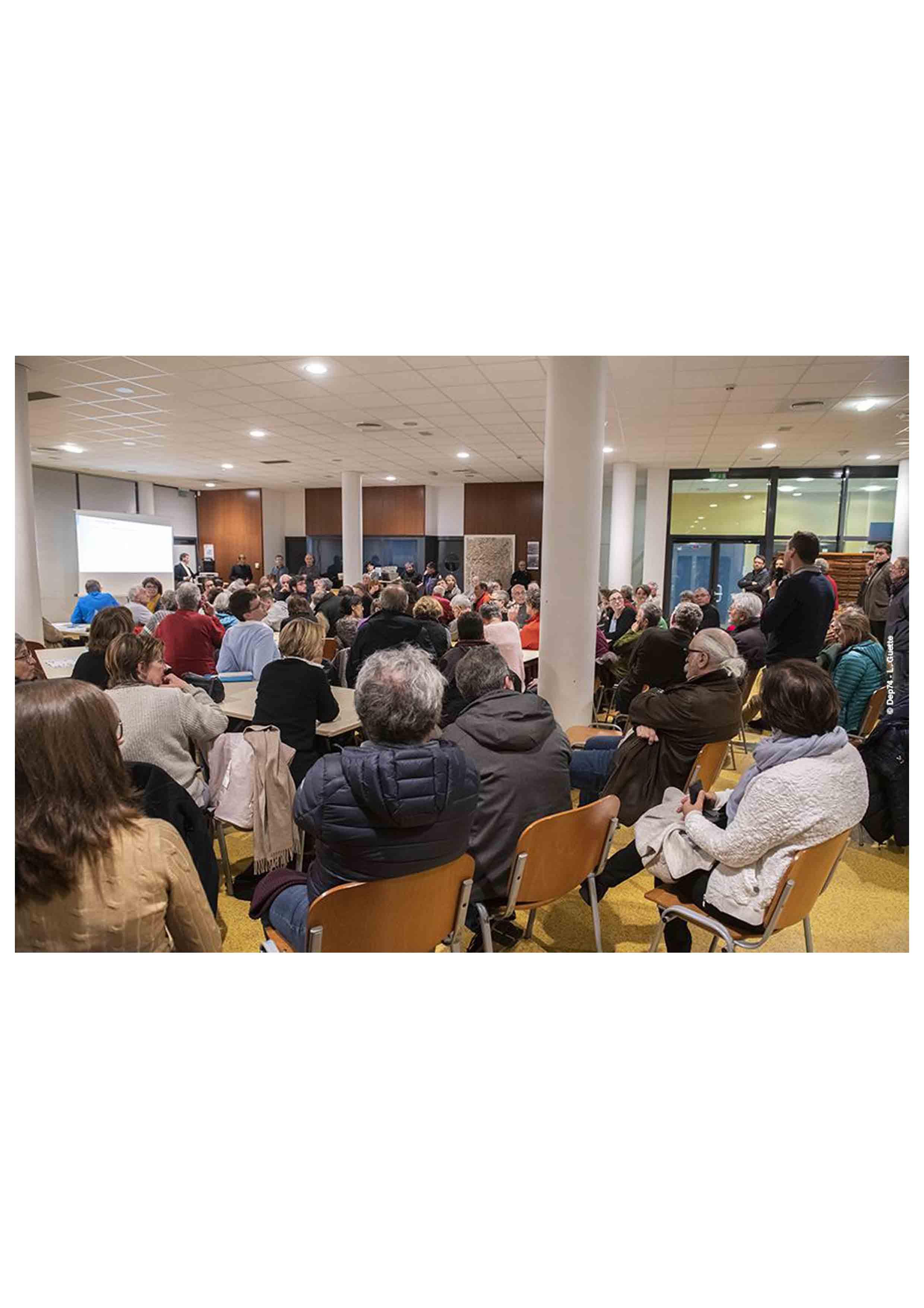 réunion publique projet Lola